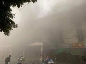 Bắc Ninh: Cháy lớn tại Trung tâm thương mại Chợ Giàu