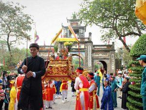 Thủ tướng chỉ đạo ngăn ngừa hoạt động phản cảm trong lễ hội