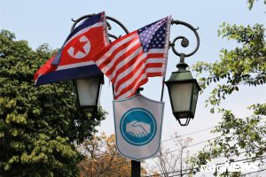 Treo cờ Mỹ và Triều Tiên trên nhiều tuyến phố Thủ đô