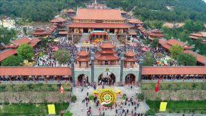 Tiếng chuông cảnh tỉnh ở chùa Ba Vàng
