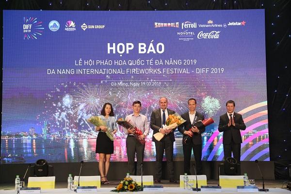 Chính thức khởi động Lễ hội pháo hoa quốc tế Đà Nẵng 2019