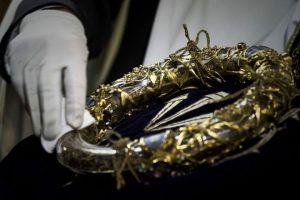 Những thánh tích và tác phẩm vô giá trong nhà thờ Đức Bà Paris