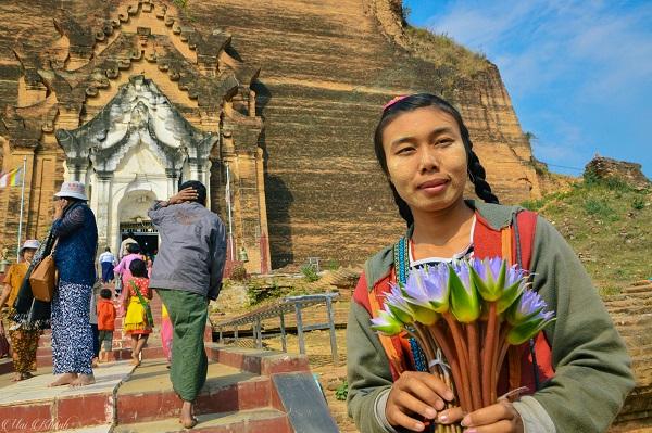 Khám phá vẻ đẹp thanh bình của làng cổ Mingun – Myanmar