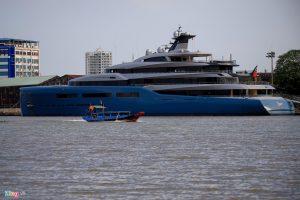 Siêu du thuyền 150 triệu USD của tỷ phú Anh đậu trên sông Sài Gòn