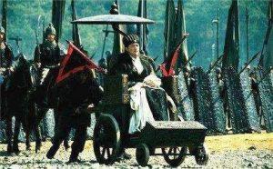 Giải mã lý do tại sao Gia Cát Lượng hoàn toàn khỏe mạnh mà vẫn ngồi 'xe lăn'