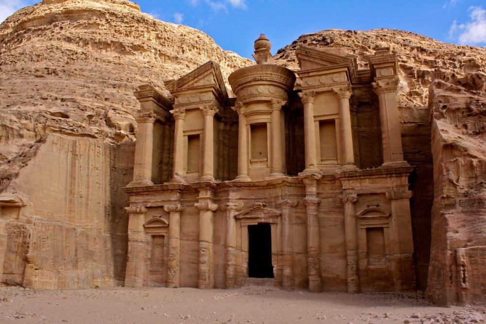 Khám phá 'kỳ tích kỹ thuật' cổ đại cung cấp 45 triệu lít nước/ngày giữa sa mạc