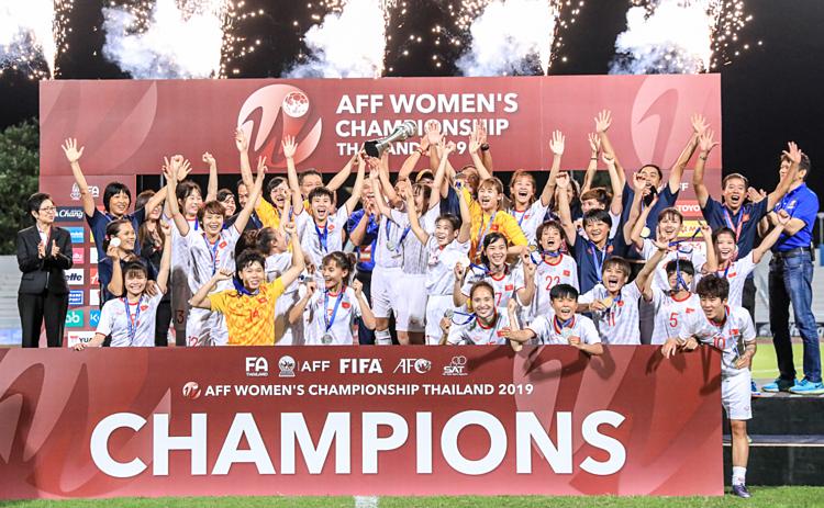 Bóng đá nữ Việt Nam vô địch Đông Nam Á 2019