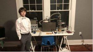 Cậu bé 12 tuổi chế tạo thành công lò phản ứng hạt nhân tại nhà