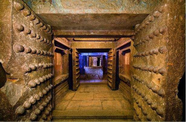Vì sao bẫy trong lăng mộ Tần Thủy Hoàng vẫn còn hoạt động sau 2000 năm?