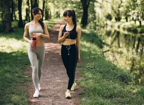 7 lợi ích của việc đi bộ buổi sáng