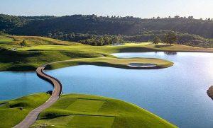 Tiger Woods khoe sân golf đầu tiên tự thiết kế