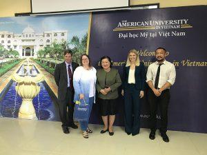 Tổng Lãnh sự Hoa Kỳ Marie Damour hoàn thành chuyến thăm đầu tiên đến Huế và Đà Nẵng
