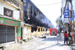 Vụ cháy Rạng Đông: Có ảnh hưởng đến sức khỏe người dân?