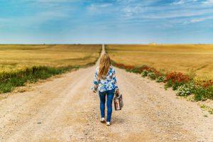 Đường không có đường bằng phẳng, người chỉ sợ người chẳng thể bền tâm