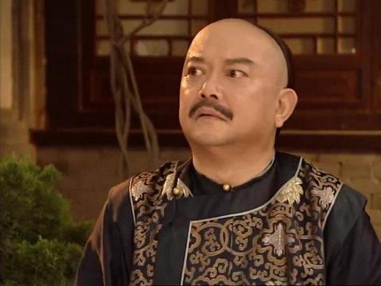 Hòa Thân không chỉ biết tham ô, nhũng nhiễu mà còn là người rất tài năng (ảnh từ phim truyền hình Trung Quốc)