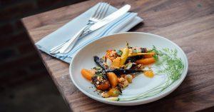Ngẫm ra triết lý nhân sinh từ… bàn ăn
