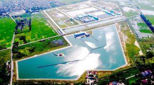Giá nước sông Đuống đắt gấp đôi: Vạn dân Hà Nội gánh nước giá đắt