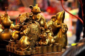 Năm Tý ngắm chợ phiên đồ cổ Hà Nội