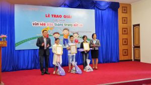 20 tác phẩm đạt giải cuộc thi vẽ 'Văn hóa giao thông trong mắt em' tại Đà Nẵng