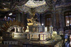 Khám phá 'tòa lâu đài' yên nghỉ của vua Khải Định ở Thừa Thiên-Huế
