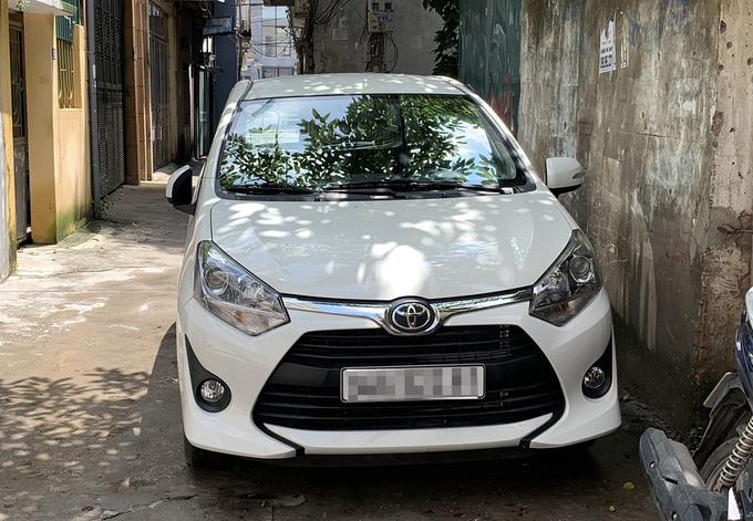 Tài xế taxi công nghệ phải bán xe vì Covid-19