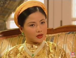 4 vị hoàng hậu tuyệt thế giai nhân trên màn ảnh Việt mà ai cũng mê
