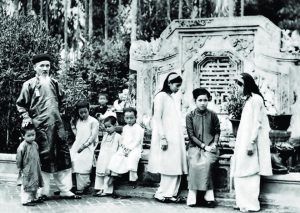 Người mẹ trong những gia đình trí thức nổi tiếng thế kỉ 20