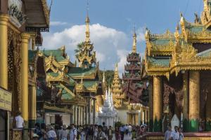 6 địa điểm hành hương linh thiêng nhất Châu Á