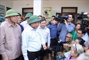 Thủ tướng: Tập trung chăm lo, bảo đảm cuộc sống cho người dân sau mưa lũ