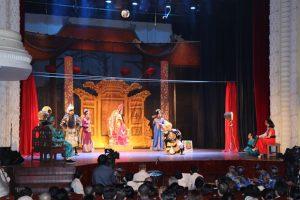 Sân khấu TP Hồ Chí Minh tìm hướng đi mới trong mùa dịch COVID-19