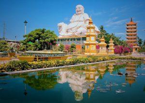 Chùa Vĩnh Tràng – Ngôi chùa linh thiêng sở hữu kiến trúc độc đáo ở Tiền Giang.