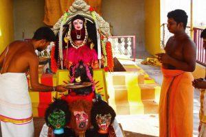 Người Ấn Độ thờ 'nữ thần Corona' giữa đại dịch?
