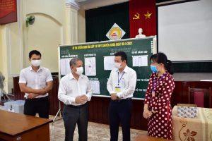 Chủ tịch UBND tỉnh Thừa Thiên Huế Phan Ngọc Thọ kiểm tra công tác tổ chức thi đầu cấp vào lớp 10