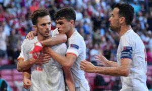 """Morata giải tỏa áp lực, Kylian Mbappe """"dâng"""" vé đi tiêp cho Thuỵ Sĩ"""