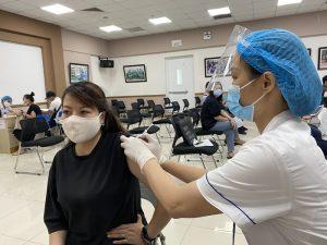 Triển khai tiêm vaccine trên toàn TP Hà Nội: Phải vào cuộc ngay từ bây giờ
