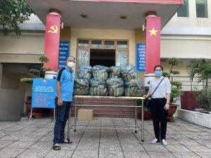 VPĐD Miền Nam – Tạp chí Làng nghề Việt Nam tiếp tục hỗ trợ thực phẩm đến quận Tân Bình