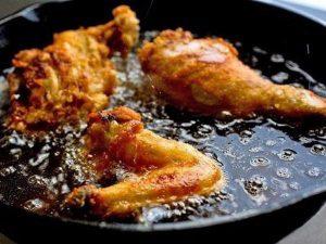 Thói quen nấu nướng dễ bị ung thư mà 90% bà nội trợ đều mắc phải mỗi ngày