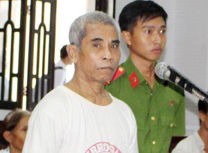 Phạt 18 năm tù ông lão hãm hại bé gái 4 tuổi