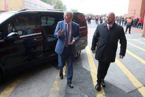 "Sir Alex Ferguson trở lại Man Utd sau cơn ""thập tử nhất sinh"""