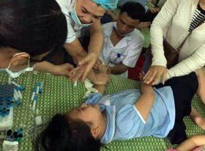Ninh Bình: Hơn 250 học sinh tiểu học nhập viện nghi ngộ độc