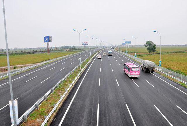 Những nguyên tắc lái xe an toàn trên cao tốc