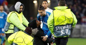 Ronaldo im tiếng, Juventus thất bại trước Lyon