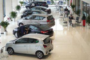 Thuế giảm, xe ế: Giá ô tô sẽ còn rẻ nữa?