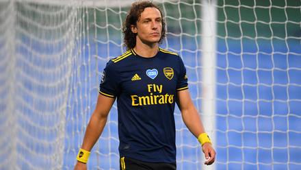 Ngoại hạng Anh: Luiz bị đuổi, Arsenal thảm bại trước Man City