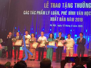 Nhà báo Nguyễn Thế Khoa, Tổng Biên tập tạp chí Văn hiến Việt Nam, được giải B Giải thưởng Lý luận phê bình năm 2019