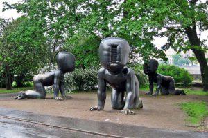 Khóc thét với những tác phẩm điêu khắc kinh dị nổi tiếng thế giới