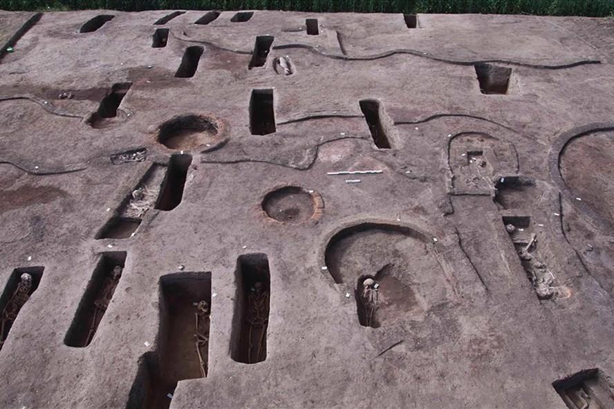 Ai Cập khai quật 110 mộ cổ ở đồng bằng sông Nile