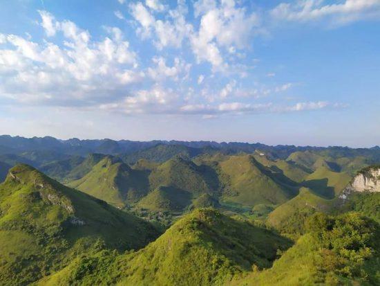 Toàn cảnh cao nguyên (Ảnh: Nguyễn Ngọc Tuân)