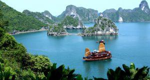 Các khu, điểm du lịch, di tích tại Quảng Ninh mở cửa trở lại từ 12h ngày 8-6