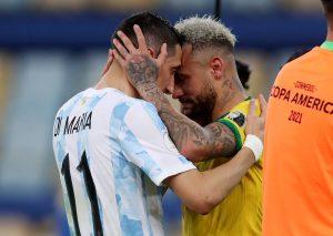 Nụ cười của Messi và nước mắt Neyma